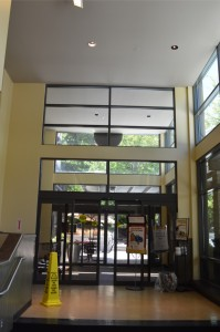 Entrance Package with Transom Glass